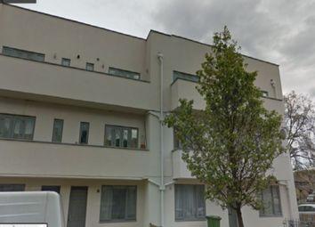 Thumbnail 1 bed flat to rent in Gordon Road, Peckham