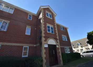 2 bed flat to rent in Aquiline House, Weymouth Close, Essex CO15