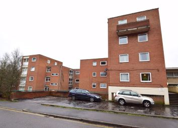2 bed flat for sale in Moulton Rise, Luton LU2