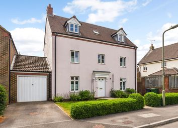Thumbnail 4 bed link-detached house for sale in Dickins Lane, Petersfield