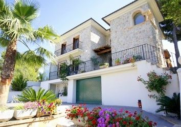 Thumbnail 5 bed villa for sale in Paguera, Balearic Islands, Spain
