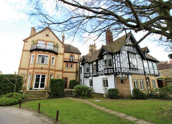 The Holme, Post Street, Godmanchester PE29. 2 bed flat