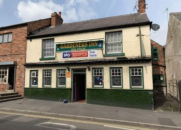Thumbnail Pub/bar for sale in Ox Close, Market Street, Clay Cross, Chesterfield