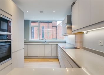 3 bed property for sale in Raleigh Road, Kew, Surrey TW9