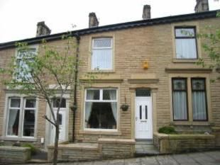 Thumbnail 1 bed terraced house to rent in Lyndhurst Rd, Darwen