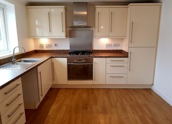 Thumbnail 2 bedroom flat to rent in Horace Road, Torquay