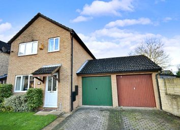 Thumbnail 3 bedroom detached house to rent in Dovehouse Close, Eynsham