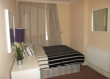 Thumbnail 1 bed flat to rent in Holborn / Covent Garden/Central London, London