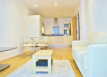 Thumbnail 1 bed flat to rent in Ability Place 37 Millharbour, Canary Wharf, London