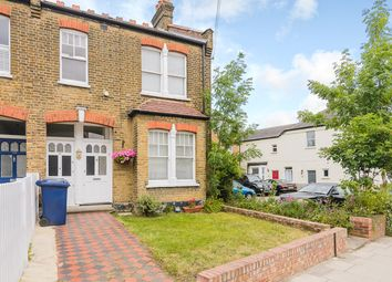 Thumbnail 2 bed flat for sale in Long Lane, Finchley Central