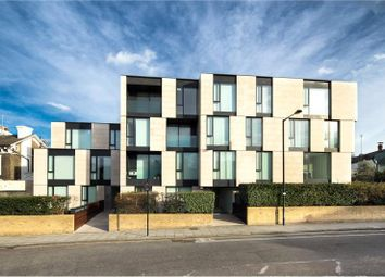 Thumbnail 3 bed property to rent in Latitude House, Oval Road