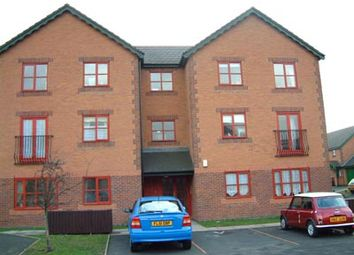 Thumbnail 1 bed flat to rent in Monins Avenue, Tipton