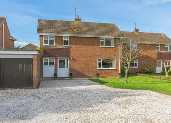 Thumbnail 3 bed detached house for sale in Canterbury Close, Amersham, Buckinghamshire