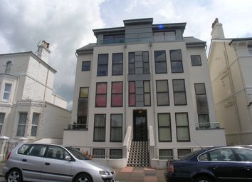 Thumbnail 1 bed flat to rent in Hardwick Road, Eastbourne