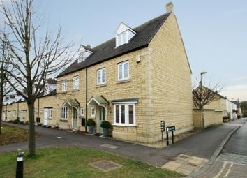 Thumbnail 4 bed town house for sale in Bluebell Way, Carterton, Oxfordshire