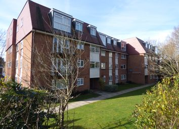 Thumbnail 2 bed flat for sale in Cat Hill, East Barnet