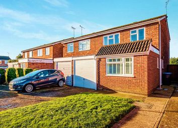Thumbnail 4 bed semi-detached house to rent in Brisbane Close, Worthing