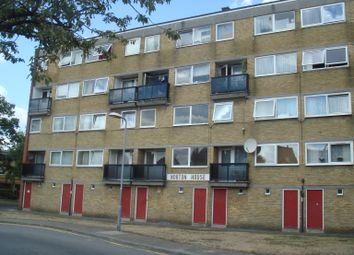 3 bed flat to rent in Kingston Road, New Malden KT3