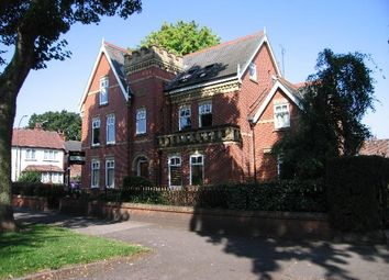 2 bed flat for sale in Park Avenue, Princes Avenue, Hull HU5