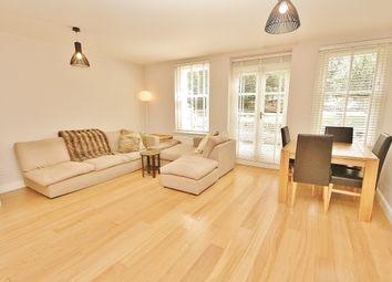 Thumbnail 3 bedroom flat to rent in Mattock Lane, Ealing
