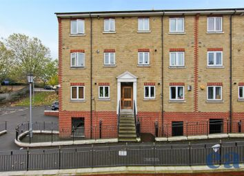 Thumbnail 1 bed flat for sale in Glamis Place, London