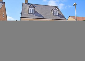 Thumbnail 5 bed detached house for sale in Claremont Crescent, Rayleigh, Essex