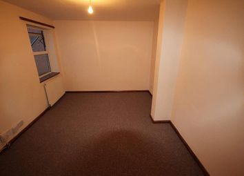 Thumbnail Studio to rent in Dunstable Road, Luton, Bury Park