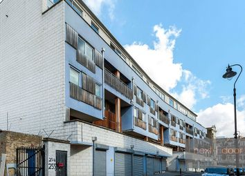 Thumbnail 2 bed flat to rent in Grosvenor Terrace, Camberwell
