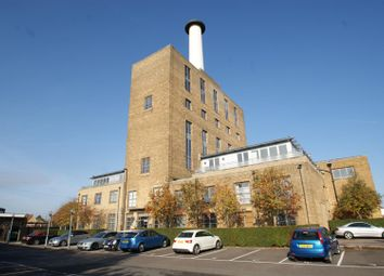 Thumbnail 2 bedroom flat for sale in Pollards Close, Rochford