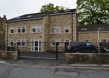 Thumbnail 2 bedroom flat to rent in Fartown Green Road, Fartown, Huddersfield