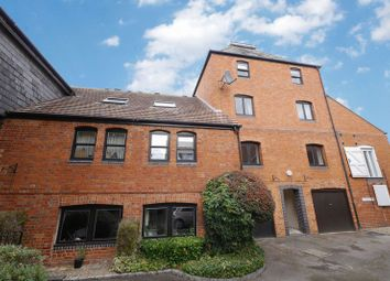 Thumbnail 1 bed flat for sale in Crispin Place, Wallingford