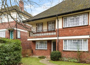 Thumbnail 2 bed flat to rent in Glenhill Close, Finchley