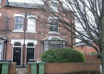 Thumbnail 2 bed property to rent in Sansome Walk, Worcester