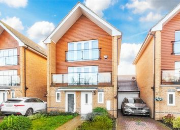 Thumbnail 4 bed town house for sale in Edgeworth Close, Langley, Berkshire