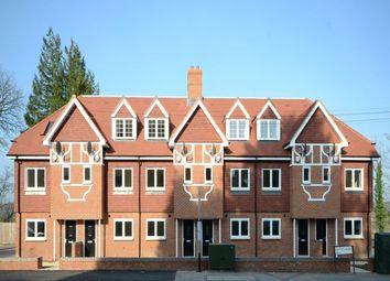 Thumbnail 4 bedroom terraced house to rent in Oxford Road, Tilehurst, Reading