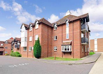 Thumbnail 2 bed flat for sale in Summerfields, Ingatestone, Essex
