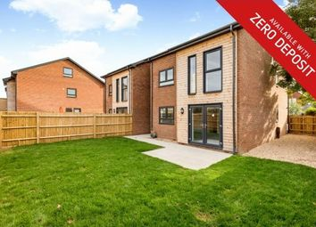 Thumbnail 5 bed property to rent in Elmhurst Road, Gosport