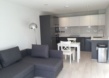 Thumbnail 1 bed flat to rent in Great Northern Road, Cambridge