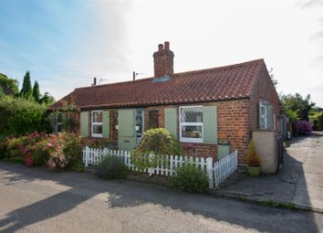 Thumbnail 2 bed cottage for sale in High Street, Candlesby, Spilsby
