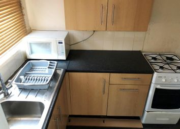 Thumbnail 2 bed terraced house to rent in Bayswater Place, Leeds