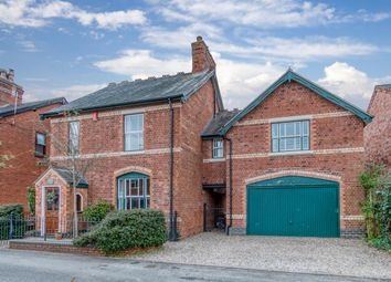 Thumbnail 5 bed detached house for sale in Central Road, Bromsgrove