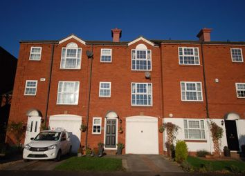 3 bed property for sale in Victoria Mews, Blyth NE24