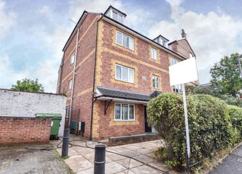 Thumbnail 6 bed flat to rent in Howland House, High Wycombe