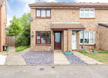 Sarre Avenue, Hornchurch RM12. 2 bed end terrace house