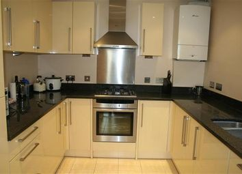Thumbnail 2 bed flat to rent in Finchley Lane NW4, Hendon