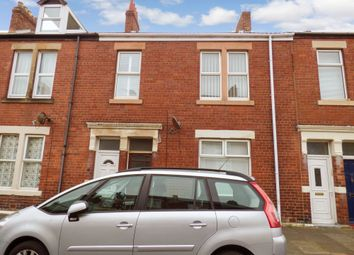 Thumbnail 2 bedroom flat for sale in Chirton West View, North Shields