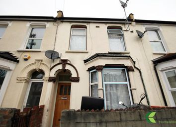 Thumbnail Room to rent in Waghorn Road, London