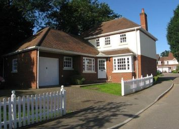 Thumbnail 4 bed detached house to rent in Pursers Farm, Basingstoke Road, Spencers Wood, Reading