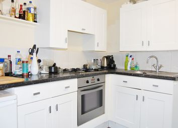 Thumbnail 1 bed flat to rent in The Pavement, Clapham