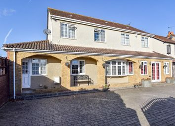 Thumbnail 7 bed detached house for sale in Langley, Berkshire